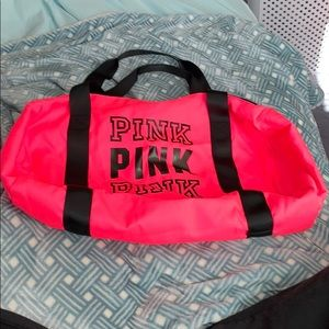 PINK VICTORIA Secret overnight bag